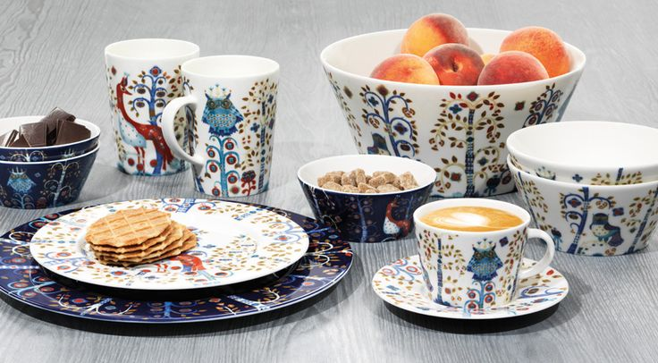 Taika, these tablewares are designed by Klaus Haapaniemi in 2007. Based to Teema-tableware, fairytales and fantasy world give a magical touch and inspire all of us to create a fancy dinner!