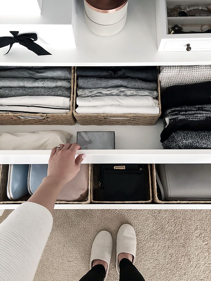 Wardrobe Drawer Organization. small space storage tips #smallspaces