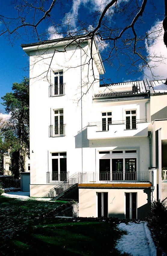Villenumbau Berlin by fl!nk.architekten