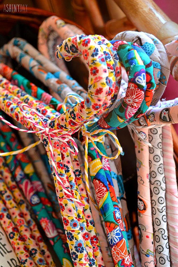 Pretty Hangers for Kids!!