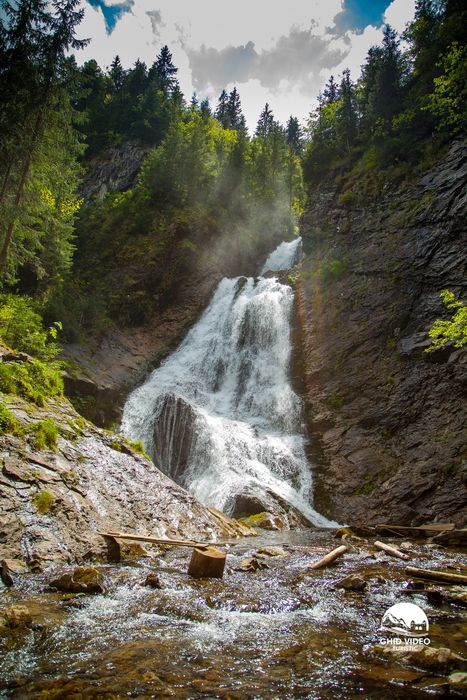 """68 kilometers from Cluj-Napoca one finds one of the most spectacular waterfalls in Romania.""""Vălul Miresei"""" or """"Bride's veil"""" Waterfall pertains to the Răchiţele village and flows in the Apuseni Mountains"""