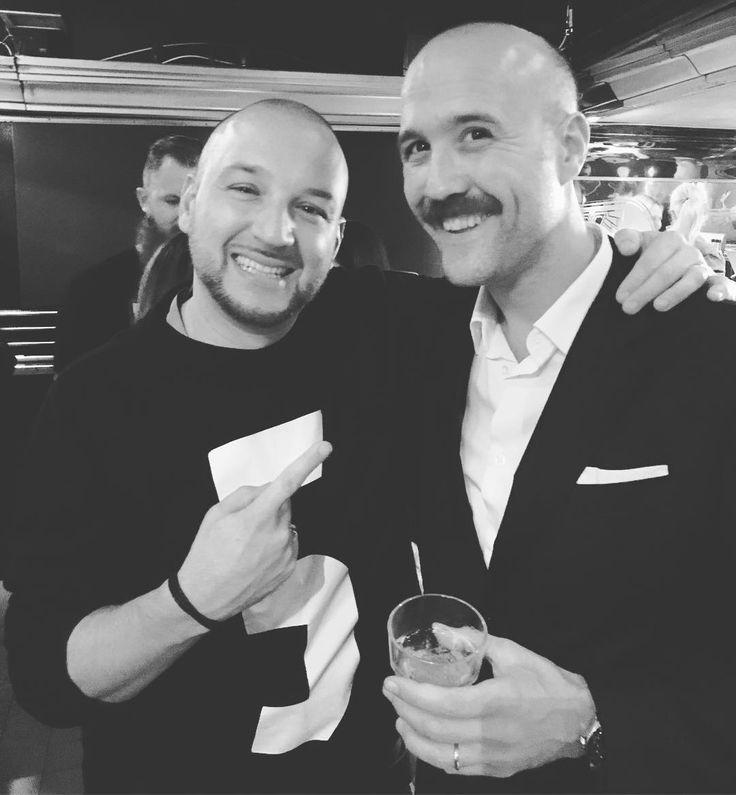 Nice to meet an old friend! #simonebonini #brandambassador #stoli #vodka #jägermeisteruk #flairbartending #flairbartender #oldschool #cocktails #drinks #travel #flairmotion #bartender #bartenderlife #freestyle #picoftheday #prost