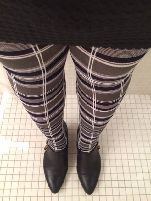 one of our Tights up! client #tightsupgirl wearing Cross me - our vintage range tights