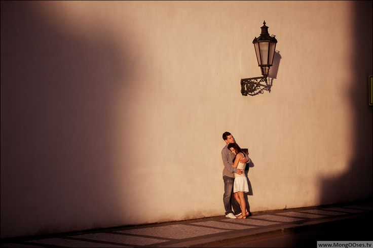 Romantic pre wedding photos in Prague taken by Artur Jakutsevich – professional wedding photographer.