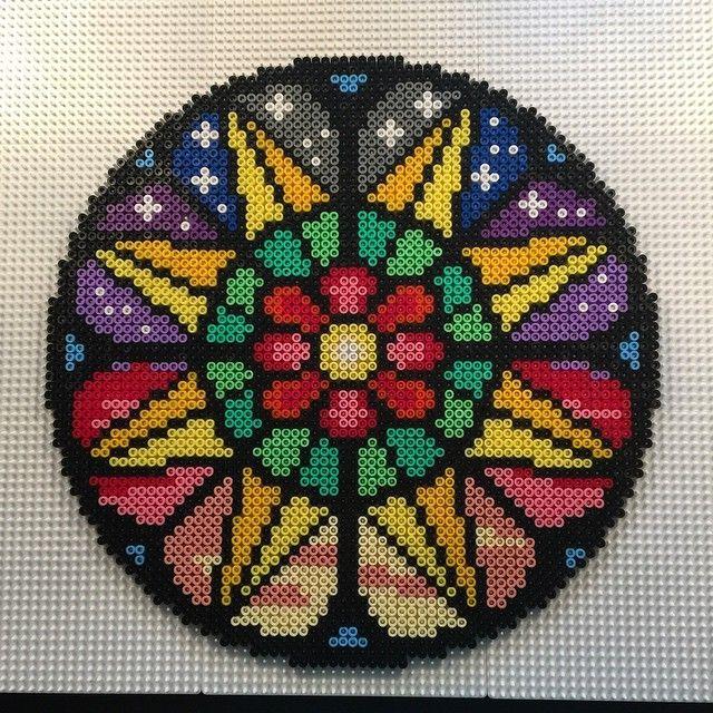 Mandala hama perler beads by aslaugsvava - Pattern: https://www.pinterest.com/pin/374291419001764727/