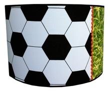 Kinderlamp Voetbal. Super Leuk voor in de Voetbalkamer. www.dreumesenzo.nl