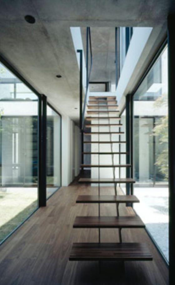 freie treppe 2 stahl elemente tragen freie holz elemente. Black Bedroom Furniture Sets. Home Design Ideas