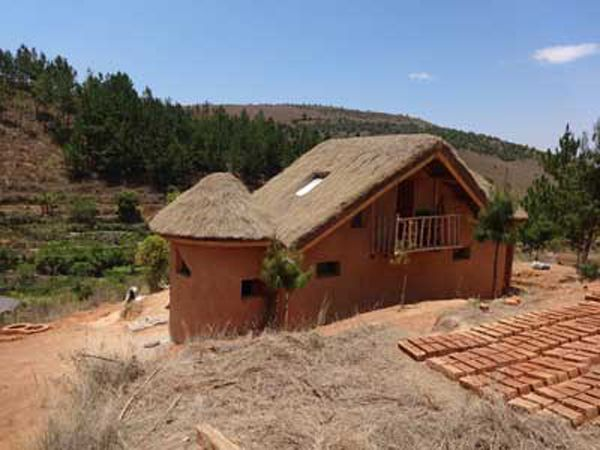 """""""Ecovillage Madagascar wants to be an example in the development of diversity and replicability of eco-construction buildings."""