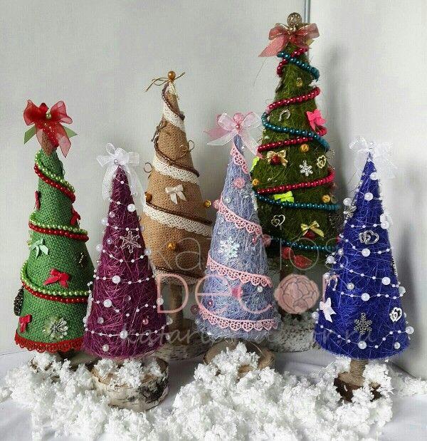 А меж тем #новыйгод всё ближе, и у нас готовы вот такие чудесные #елочки, которые станут прекрасным подарком вам и вашим близким и украсят дом к празднику можно сделать елочку на любой вкус и цвет #katariosdecor #decor #happynewyear #gift #christmas #рождество #подарки #подаркинановыйгод #новогодниеподарки #новогоднеенастроение #елка #ручнаяработа #handmade #photooftheday #mysolutionforlife #vscocam #vscogood #новогоднийдекор #интерьер #новогоднийподарок #подарокнановыйгод
