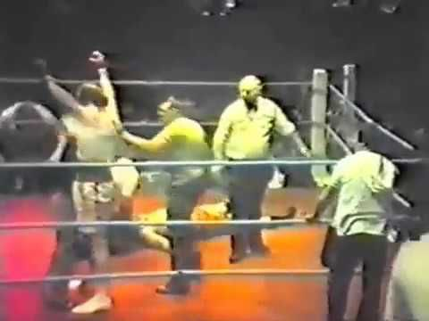 Lenny Mclean Vs Johnny Clark KNOCKOUT