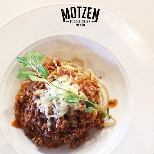 Masih bingung mau makan malam apa ?  Yuk ke @motzen_bdg  tersedia berbagai macam pilihan menu yang akan menemani makan malam mu  #Motzenbdg#motzen#motzenbandung#food#foodie#deliciuos#yummy#hangout#partty#resaturant