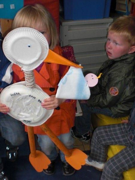 Baby - Liselotje krijgt een zusje leuk om mee te geven aan broer of zus. eventueel een marionette van maken !
