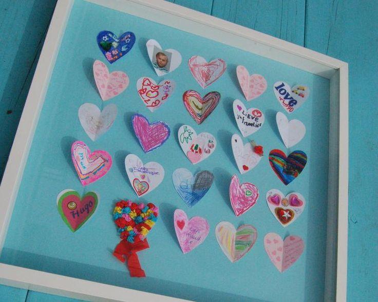 Leuk idee om aan de juf te geven! Laat iedereen zijn eigen hartje mooi maken!. Foto geplaatst door ingeborgdevogel op Welke.nl