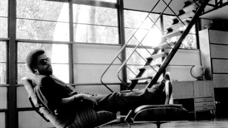 Eames fans were ecstatic when they saw Ice Cube relaxing in an Eames Lounge Chair inside the Eames House. This video still is from a promotion for the Getty's exhibition Pacific Standard Time: Art in L.A. 1945—1980. Ice Cube reveals his design roots in the film while also reminding us just how cool he is. source: http://www.eamesoffice.com/blog/10-most-iconic-eames-lounge-chair-spottings/