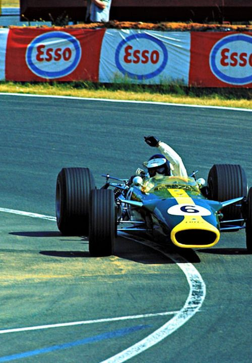 """  Jim Clark / Lotus-Ford. Bugatti Circuit, Le Mans, French Grand Prix. 1967 """