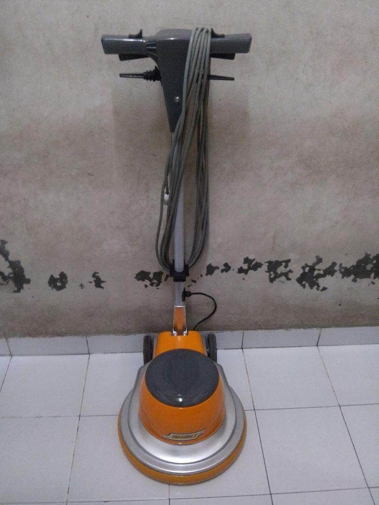 Jual mesin polisher lantai/mesin kristalisasi marmer Ghibli spesifikasi: Model : SB 43 Power : 1000 Watt Diameter : 17 Inch Speed : 154 Rpm Weight : 48 Kg Cable : 11 M Including : Main body,pad holder,water tank Country : Italy SECOUND  Garansi 1 tahun