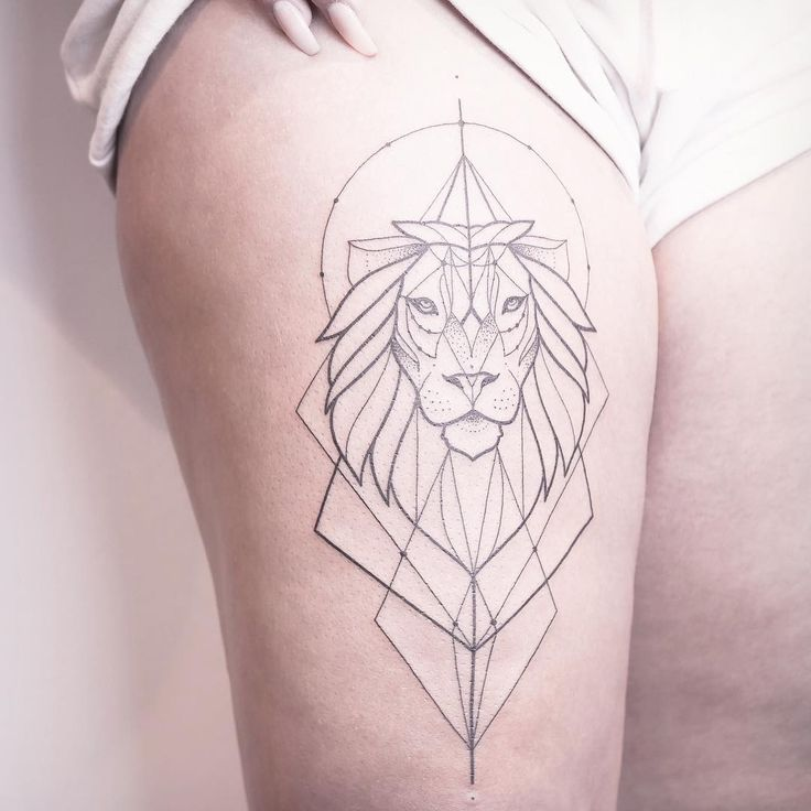 Cool lion for Celina. ✣ CHECK OUT MY STUDIO @vadersdye ✣