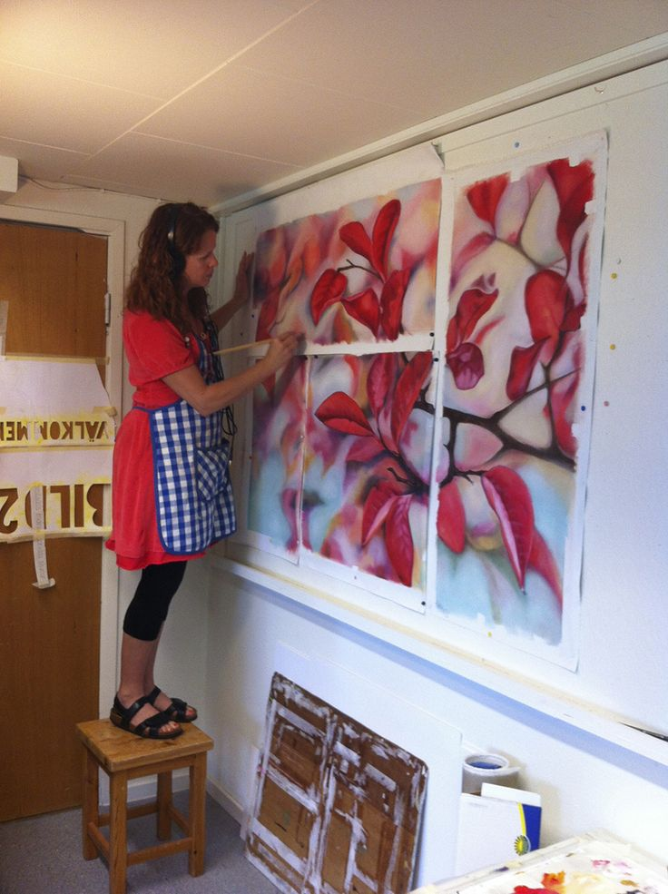 """Doing my thing ...  Painting """"Röda blad"""" (Red leafs) in progress."""