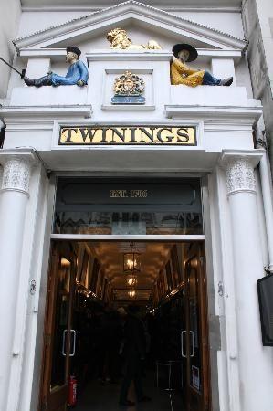 Twinings Tea Shop and Museum - London Plus de musées à #Londres sur Cityoki ! http://www.cityoki.com/fr/decouvrir-londres/musees/ More museums in #London on Cityoki website! http://www.cityoki.com/en/discover-london/museums/