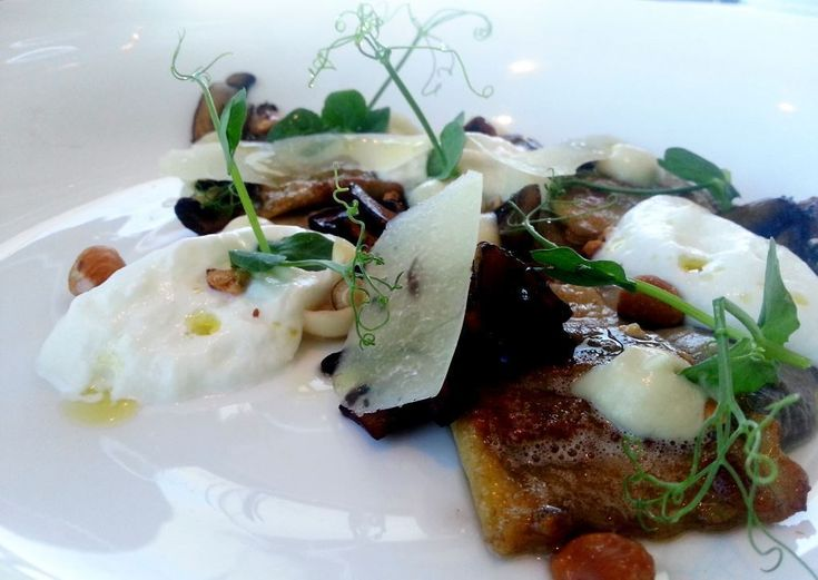 #AfricanTravelInc #culinaryexperiences #SouthAfrica #Top10