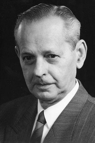 Ladó László (1919-2007) a Szervezéstudomány hazai kiemelkedő alakja