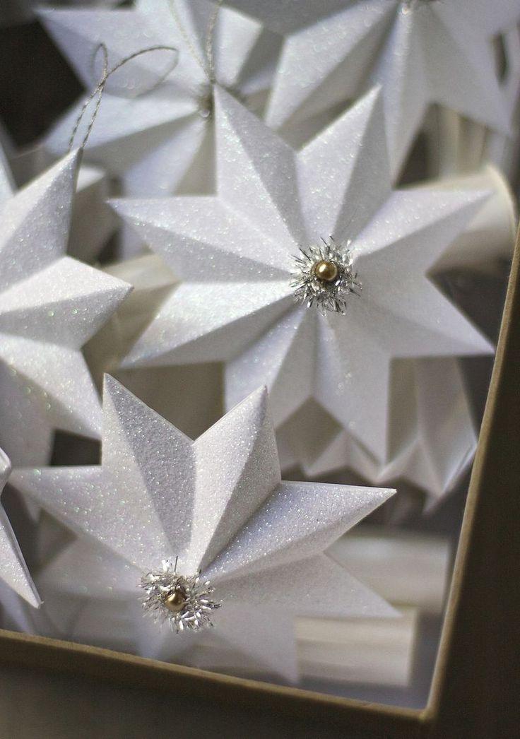 Glittered Paper Star Ornaments | Urban Comfort