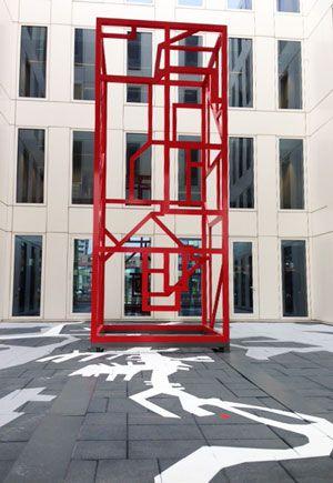 Courtyard RET head office, Rotterdam design by Vollmer & Partners
