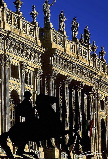 Torino, Italia. La facciata dorata | Flickr - Photo Sharing! #torino #architecture #italy