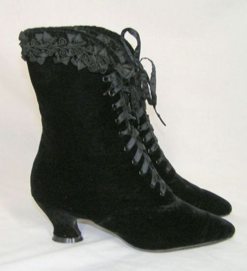 these are some of my favorite boots <3