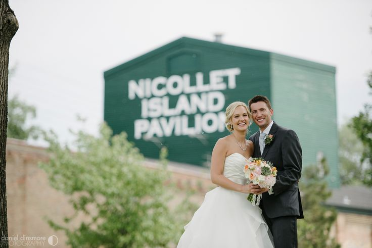 Nicollet Island Pavilion Wedding with Stacey & Nick | Daniel Dinsmore Photography