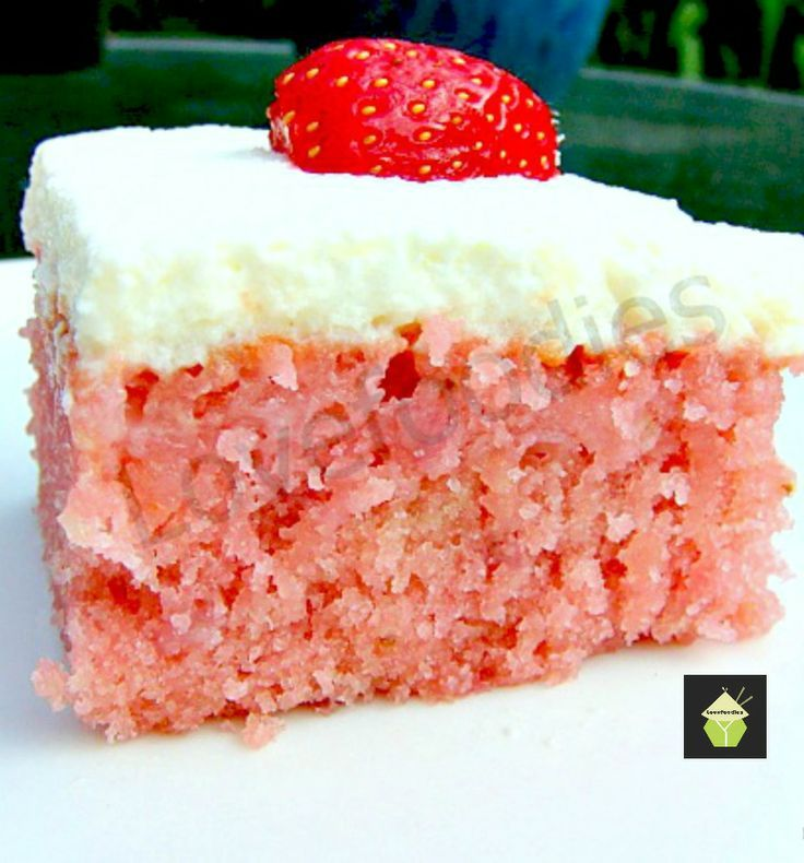 Moist Strawberry & Coconut Cake with Fresh Whipped Cream. Easy made from scratch recipe. Yummy! #cake #strawberry #coconut