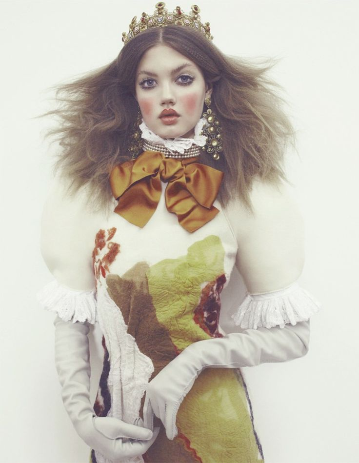 Lindsey Wixson inThe Anastasia Of Winterphotographed by Emma Summerton for Vogue Japan, December 2013