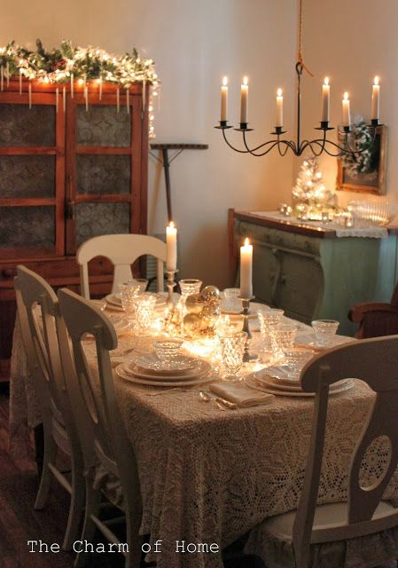 dining room interiors best 25 christmas dining rooms ideas on 1643