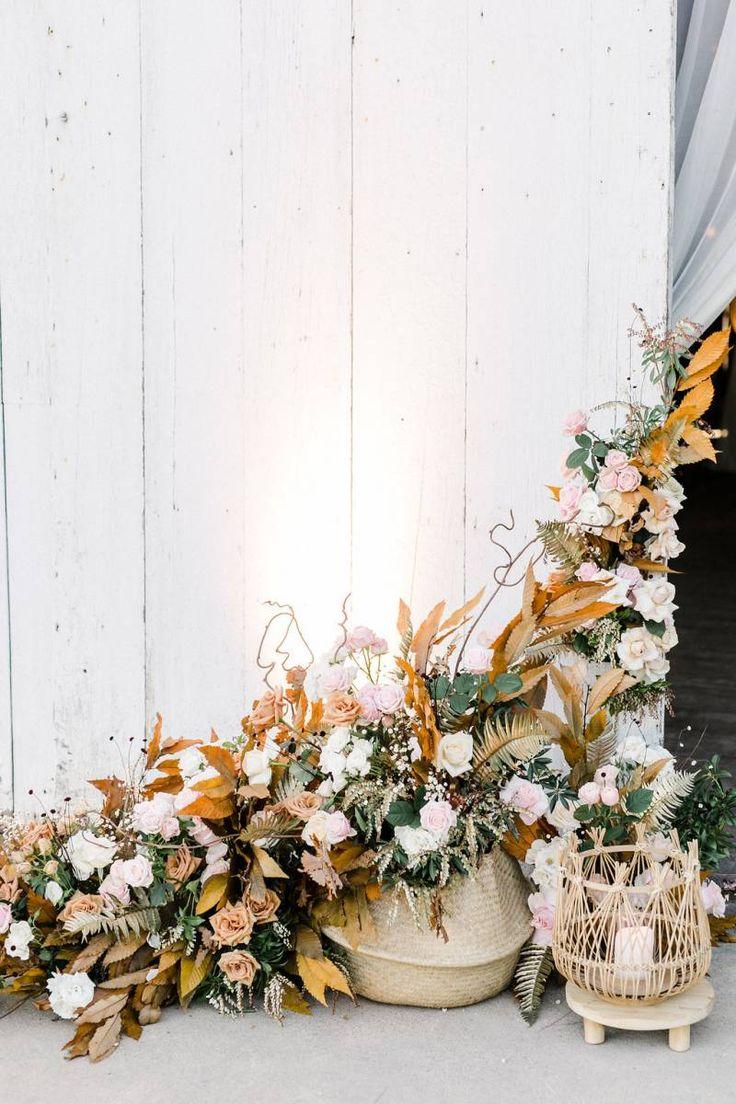 Butler barn wedding oregon   best Events images on Pinterest  Ranch Vine yard and Vineyard