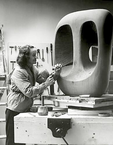 Barbara Hepworth : Better than Moore in my opinion.
