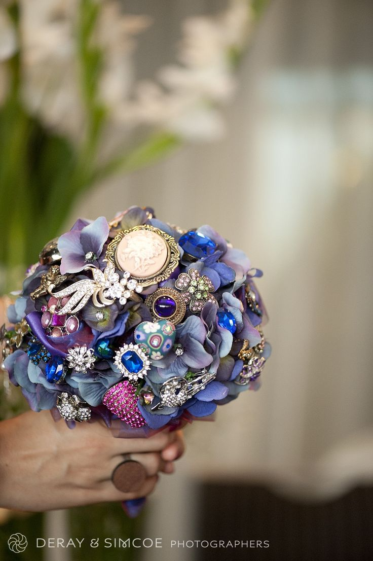 Something blue. Vintage button and embellishment bouquet