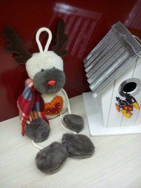 Chrismas in my mom's shop!! Cuteee