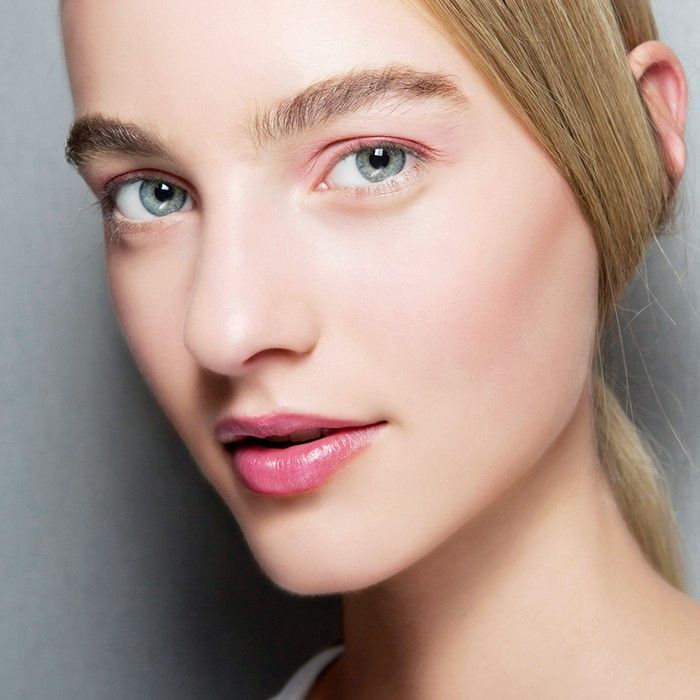3 Breakout-Busting Tricks That Don't Involve Acne Medicine via @ByrdieBeauty