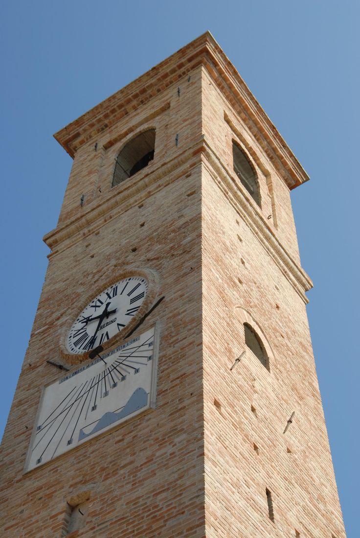 Torre civica #marcafermana #montesanpietrangeli #fermo #marche