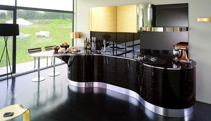 black kitchen bucatarie moderna finisaj lucios si linii curbe