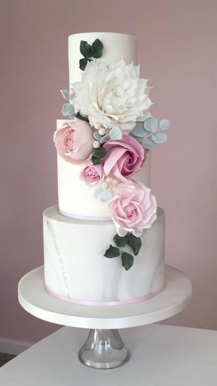 Pink floral wedding cake design. #floralweddingcakes
