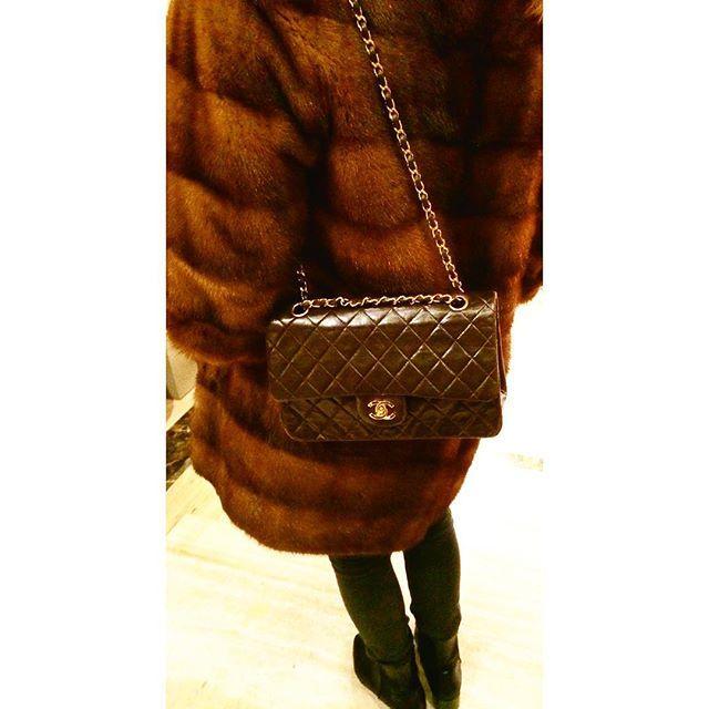 Chanel Vintage Classic Double Flap Brown.