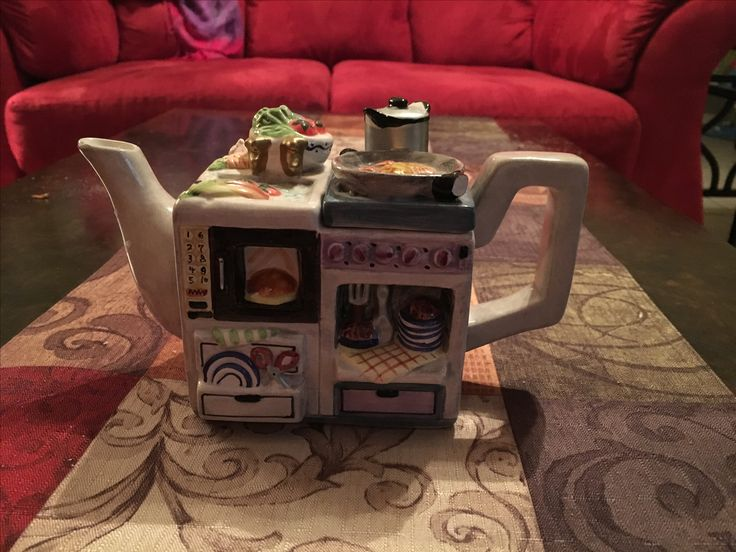 My daughter's silly kitchen teapot  From Salvation Army thrift shop