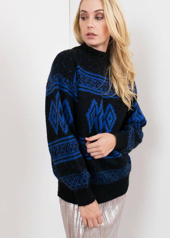90s Vintage Patterned Knit Sweater / Black & Blue Argyle