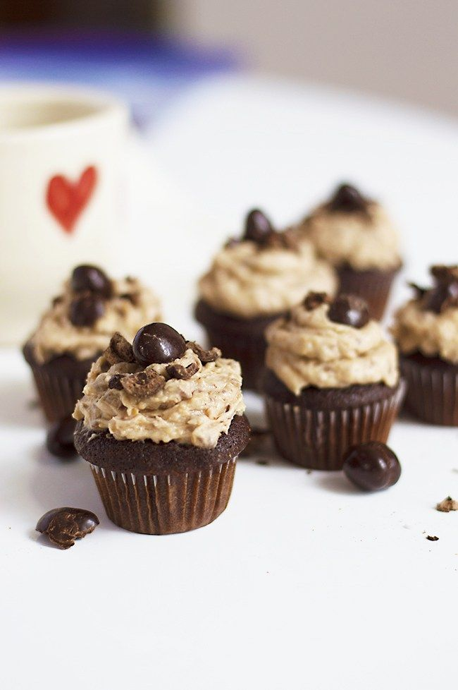 Coffee Crisp chocolate bars and coffee give this rich, delicious chocolate cupcake a serious jolt. Perfect for those who love mocha cake.
