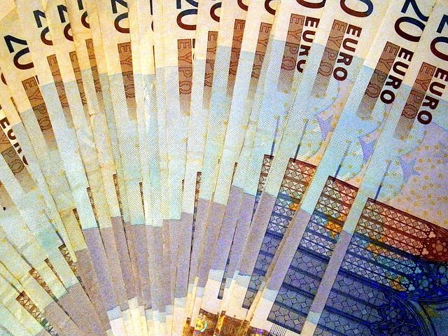 El Tesoro coloca 4.172 millones en bonos y obligaciones a intereses en mínimos - http://plazafinanciera.com/mercados/deuda_publica/el-tesoro-coloca-4-172-millones-en-bonos-y-obligaciones-con-los-intereses-en-minimos/ | #Bonos, #DeudaPública, #Portada, #TesoroPúblico #Deudapública
