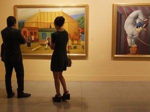A casa Christie's leiloou entre ontem e esta quarta-feira um conjunto de obras de artistas latino-americanos por cerca de 14,1 milhões de euros (16,6 milhões de dólares), com uma pintura a óleo de Fernando Botero a ser a mais cara. http://sicnoticias.sapo.pt/cultura/2017-11-22-Obras-de-artistas-latino-americanos-vendidas-por-mais-de-166-milhoes-de-euros/
