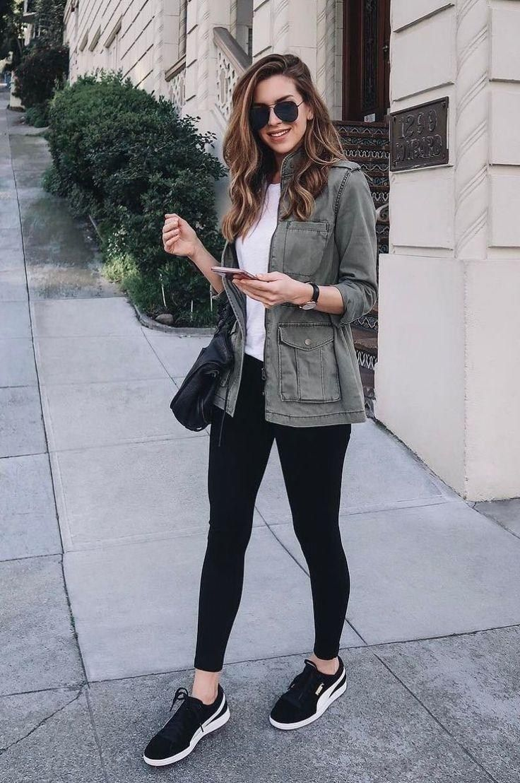 50 Best Leggings Outfits For Winter So You Can Be Both Comfy And Stylish Black Leggings Outfit Sporty Outfits Outfits With Leggings [ 1108 x 736 Pixel ]