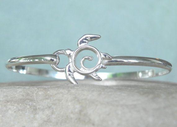 Sea Turtle Bracelet  Sterling Silver Sea Turtle by FantaSeaJewelry, $59.00