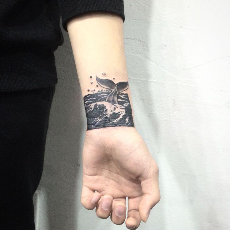 Inked by OPIUM tattooist BAEKSA (104) www.opium104.com blog.naver.com/... www.facebook.com/... ☎ 010-9855-1163 카톡 baeksa104 O P I U M T A T T O O copyright ⓒ OPIUM all rights reserved. #타투 #tattoo #ink #lin #linetattoo #art #drawing #draw #illust #illustration #일러스트 #그림